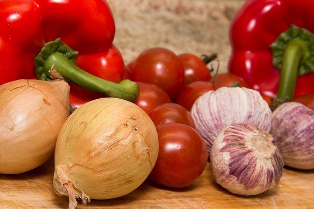 piatti freddi vegani insalata greca vegan