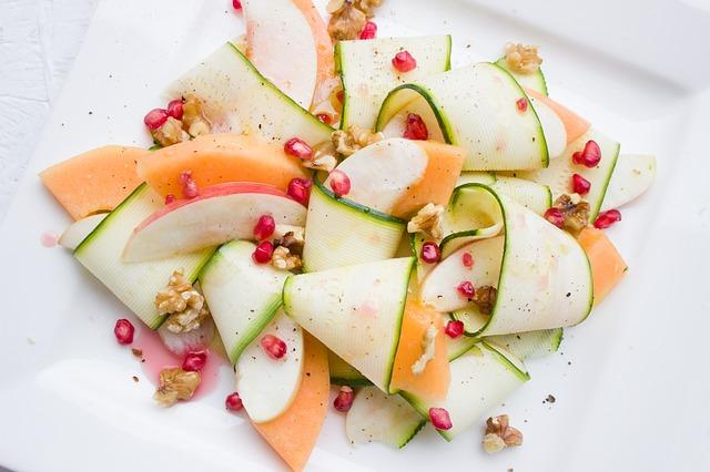 piatti freddi vegani melone e carpaccio di zucchine