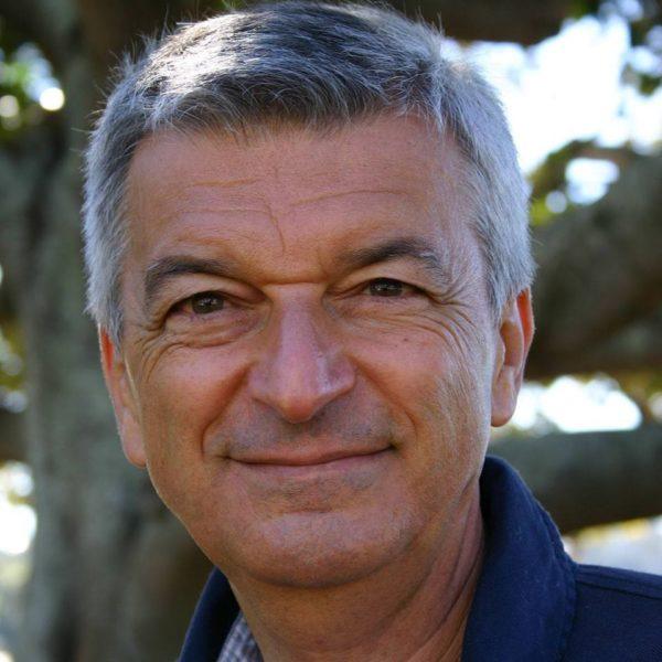 Professor Stefano Montanari, studioso di vaccini